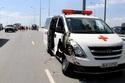 Bệnh nhân hoảng loạn trên xe cứu thương bị tông nát