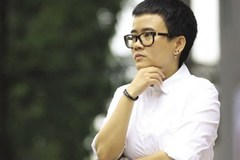 Nhạc sĩ Phương Uyên bị cướp túi, đầu đập xuống đường