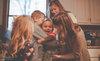 Rơi lệ với khoảnh khắc cha mẹ gặp con nuôi lần đầu