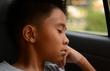 Bố mẹ bất cẩn, con chết ngạt trong ôtô
