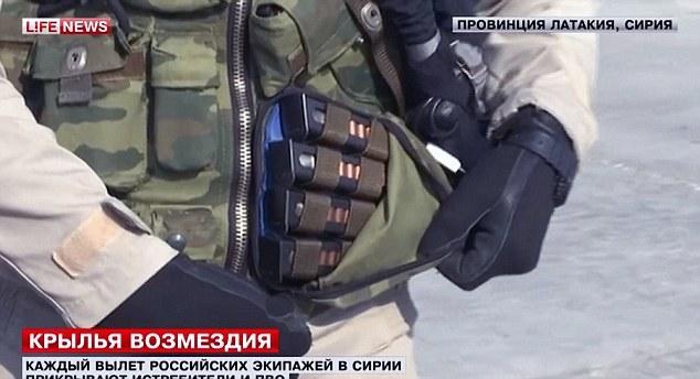 phi công, Nga, Thổ Nhĩ Kỳ, không phận, Su-24, bắn hạ, Oleg Peshkov, Syria, vũ khí, súng trường tự động, súng lục, vũ khí