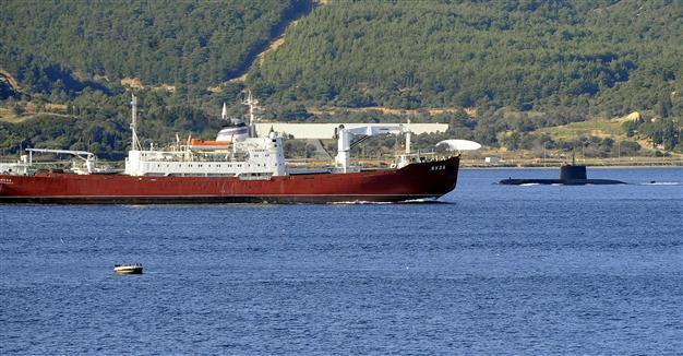 Tàu Nga chạm trán tàu ngầm Thổ Nhĩ Kỳ