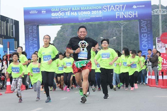 300 VĐV tranh tài tại giải bán marathon quốc tế Hạ Long