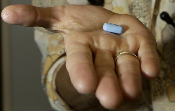thần dược trị HIV, thuốc dự phòng trước phơi nhiễm HIV, Truvada