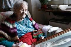 """Bí quyết trường thọ """"khác người"""" của cụ bà sống 3 thế kỷ"""