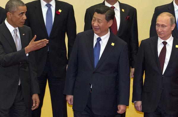 Bóp nghẹt Putin, Obama, Tập Cận Bình đắc lợi
