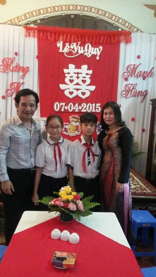 Chân dung người vợ công nhân mà danh hài Quang Tèo giấu kín