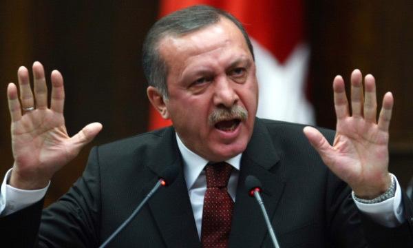 Nước cờ quá mạo hiểm của Erdogan