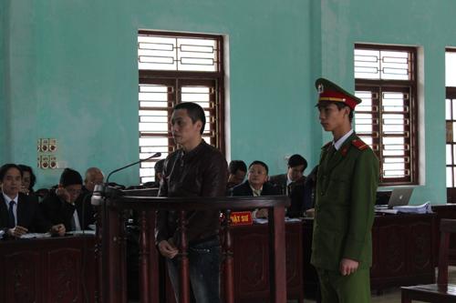 Bố đẻ Tàng Keangnam đổ riệt tội cho con