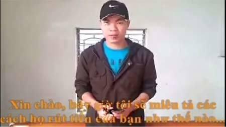 Clip khách lật tẩy nhân viên cây xăng ở Hà Nội ăn cắp tiền 2