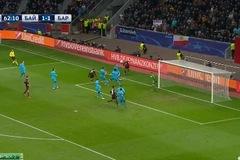 Xem sao Leverkusen hành hạ hàng phòng ngự Barca