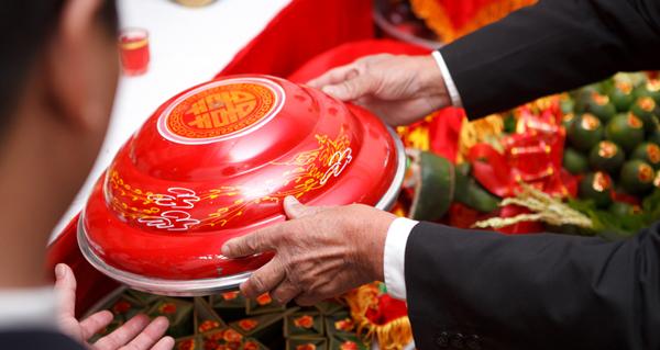 ăn hỏi, thách cưới, thông gia, phong tục, vietnamnet,