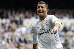 """Vừa hứa hẹn, Ronaldo lại """"quăng bom"""" gây náo loạn"""