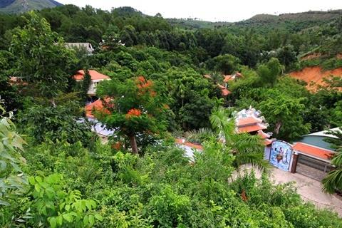 biệt phủ trên núi Hải Vân, đại gia vàng, Ngô Văn Quang, tháo dỡ biệt phủ, Đà Nẵng