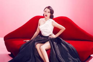 Văn Mai Hương bỏ 1 tỷ đồng để 'đẹp' trong 3 phút