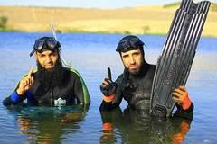 Phiến quân IS khoe ảnh thảnh thơi khi gác súng