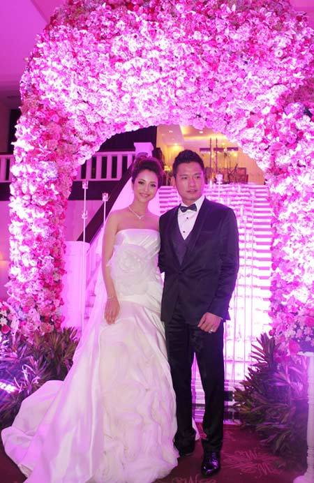 Đám cưới xa hoa bậc nhất Việt Nam của con đại gia