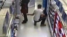 Cô gái mặc váy ngắn bị chụp lén trong siêu thị