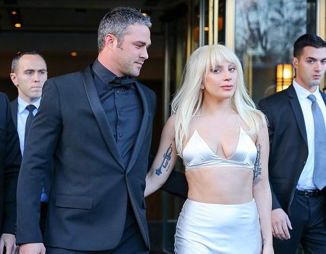 Lady Gaga, ca sĩ bị cưỡng hiếp