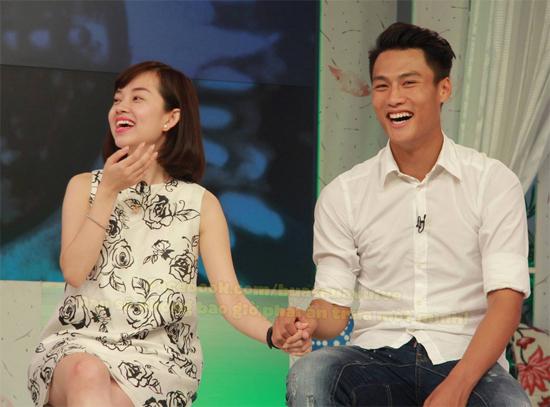 Chuyện tình hotgirl với các cầu thủ, Hòa Minzy chia tay công Phượng