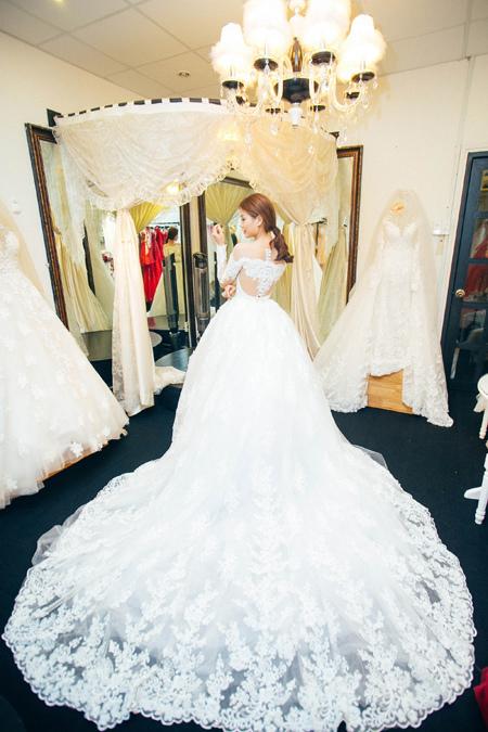 Á hậu thành tích khủng rạng rỡ trước ngày cưới đại gia