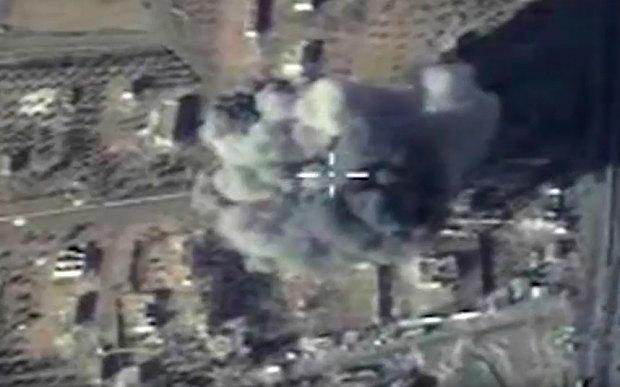 Vì sao Nga 'trưng' loạt vũ khí khủng ở Syria?