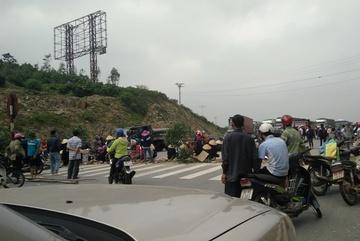 Dân chặn quốc lộ 1: Khởi tố vụ án 'gây rối trật tự'