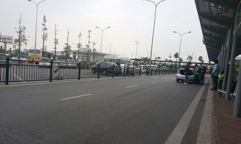 taxi dù, cò taxi, sân bay nội bài, taxi sân bay, taxi giá rẻ