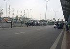 Chiêu trò 'ma quái' của taxi dù ở sân bay Nội Bài