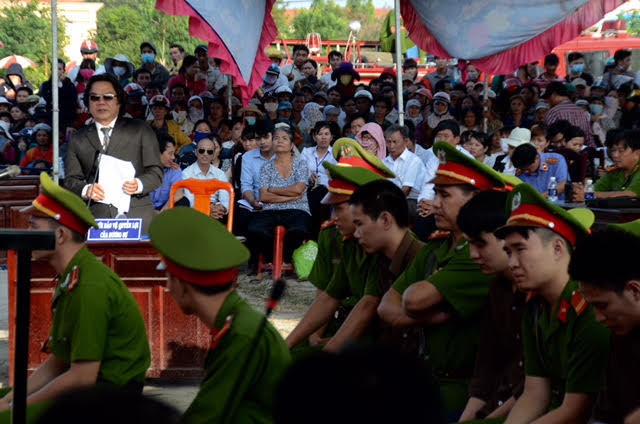 Vụ giết 6 người ở Bình Phước: 2 án tử hình