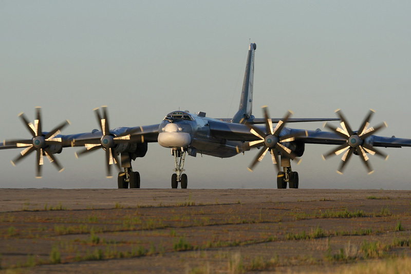 2015: Cuộc phô diễn khí tài quân sự hoành tráng của Nga