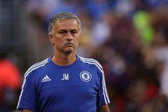 "Bị Chelsea sa thải, Mourinho ""bỏ túi"" bao nhiêu tiền?"
