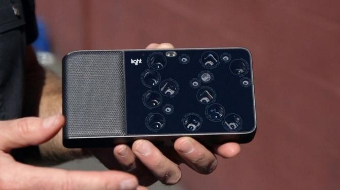 10 sản phẩm công nghệ nổi bật 2015, Máy ảnh Light L16, Ổ chứa Samsung 16 TB SSD, Bộ đồ chơi LittleBits Gizmos & Gadgets kit, Thiết bị cảnh báo Garmin Varia, DJI Inspire, Smartphone One Plus 2, Tàu thăm dò New Horizons, Xe tự lái Google, Xe 2 bánh tự cân b