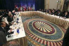 LHQ đồng lòng về Syria, mâu thuẫn về Assad