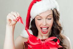 Những món hàng hiệu phái đẹp khao khát được tặng dịp Noel