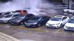 Hàng loạt ô tô tan nát vì sập tường chung cư