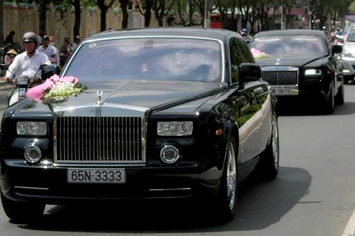 siêu xe, Rolls-Royce Phantom, MC Quỳnh Chi, chợ xe cũ, siêu-xe, Rolls-Royce-Phantom, MC-Quỳnh-Chi, chợ-xe-cũ