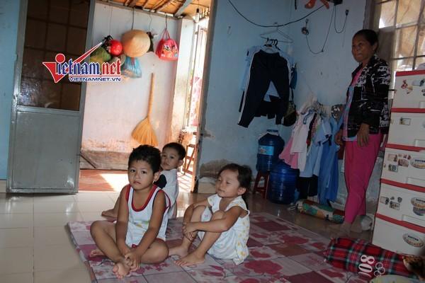 Khu nhà tồi tàn khó tin giữa Sài Gòn