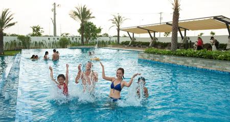 Bể bơi ngoài trời tại chung cư Taseco Complex