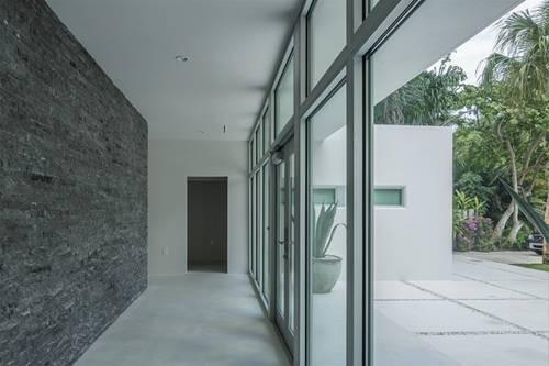 6 ngôi nhà đẹp, hiện đại nhờ sử dụng đá hoa cương