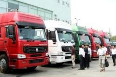 Thuế nhập xe tải tăng mạnh, dân buôn trúng đậm
