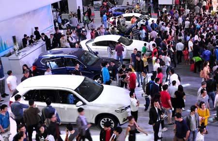 ô tô, mẫu xe, nhập khẩu, nguyên chiếc, thuế suất, TTĐB, DN, tăng giá. Ô-tô, mẫu-xe, nhập-khẩu, nguyên-chiếc, thuế-suất, tăng-giá