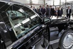 Limousine bọc thép chịu được bom hạt nhân của Tổng thống Nga