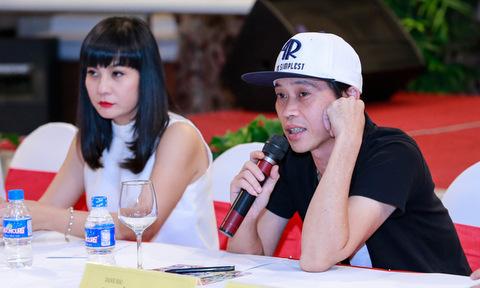 Cát Phượng bức xúc vì 'khách không mời' Quang Lê ngồi bàn chủ tọa