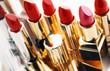 5 hóa chất phổ biến trong các loại hóa mĩ phẩm cực hại với bà bầu