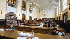 100 suất học bổng du học Hungary