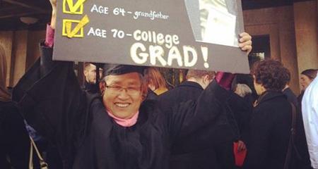 Cụ ông gốc Việt 33 tuổi có 5 con, 70 tuổi tốt nghiệp ĐH Mỹ