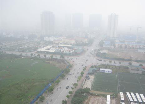 Sương mù dày bao phủ sáng sớm Hà Nội