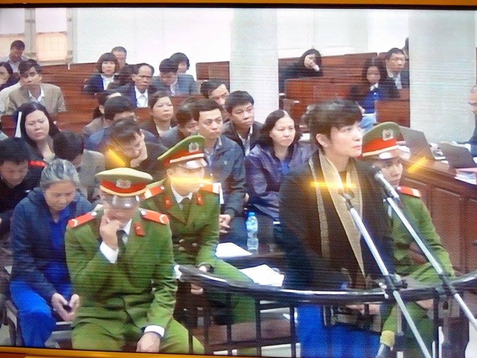 Cựu lãnh đạo Agribank Nam Hà Nội bị đề nghị 30 năm tù