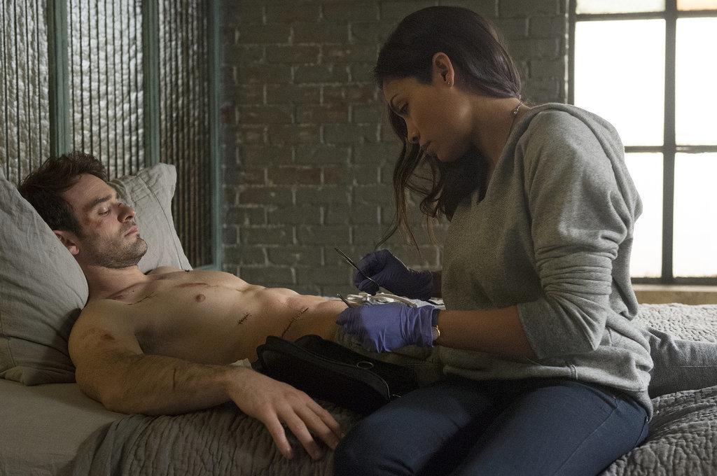 Hàng loạt nam diễn viên khỏa thân gây sốt